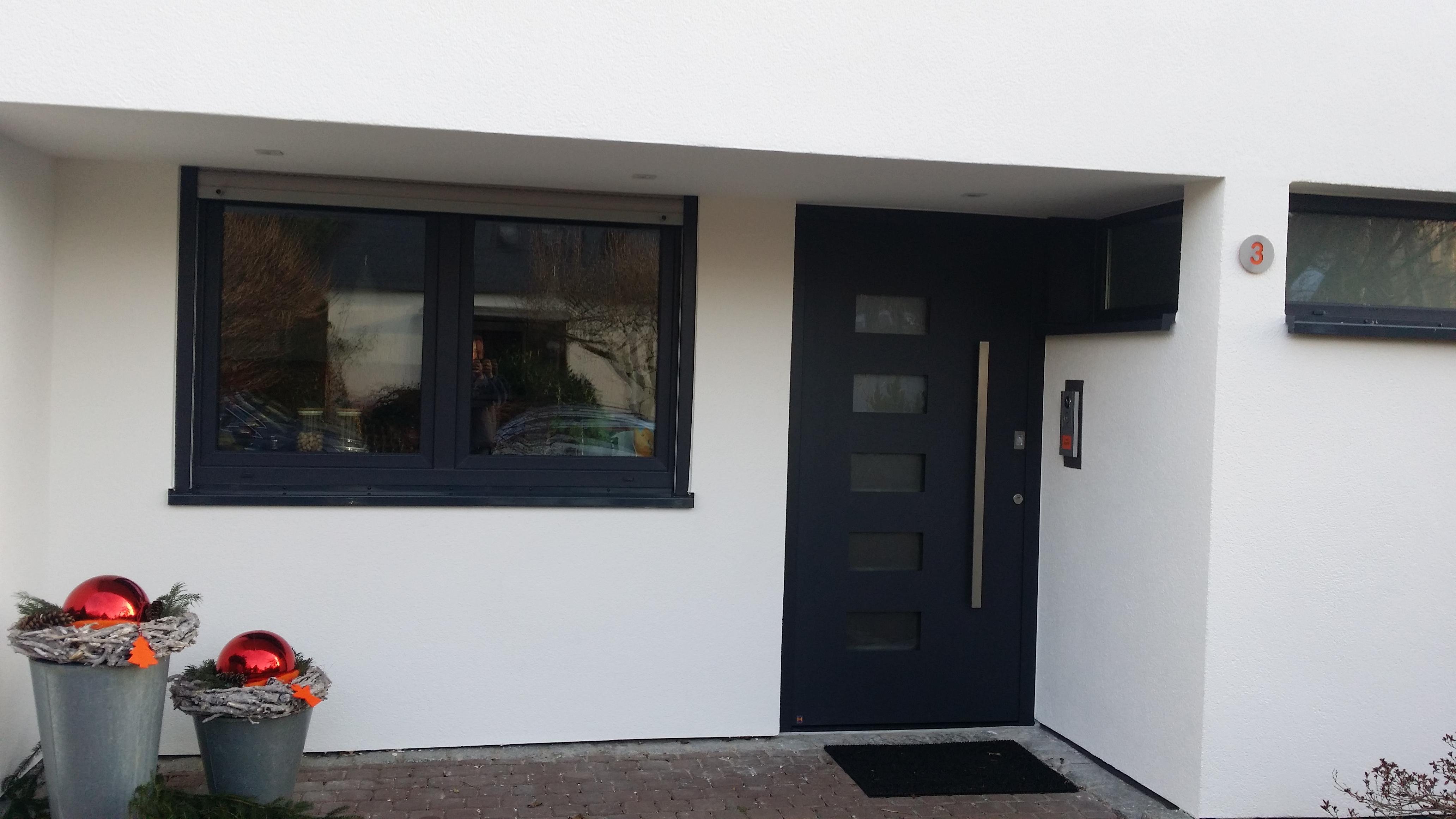 referenzen von tarotore garagentore industrietore. Black Bedroom Furniture Sets. Home Design Ideas
