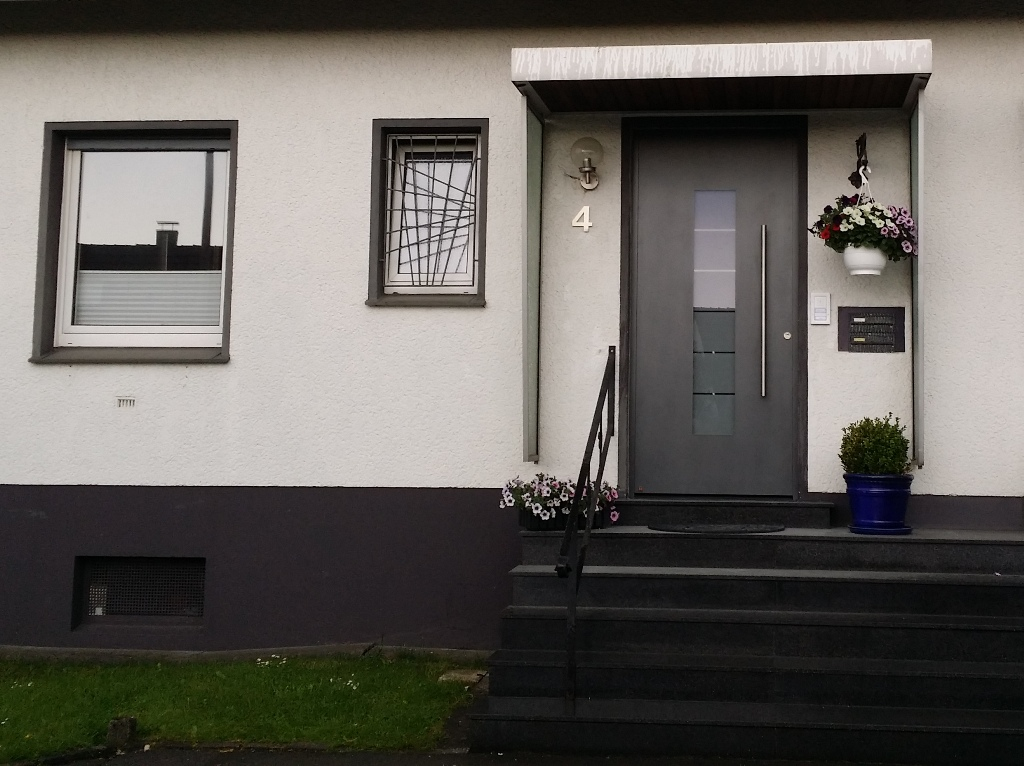 uncategorised. Black Bedroom Furniture Sets. Home Design Ideas